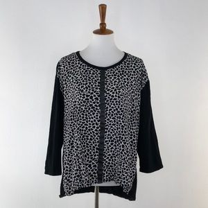 Turo By Vince Camuto Animal Print Tunic Style Top